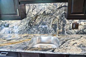 kitchen-countertop-in-northfield-il-granite-selection-img_7e8198ff05ba7028_14-6094-1-1b87755-min