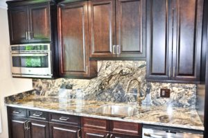 kitchen-countertop-in-northfield-il-granite-selection-img_91e10ccf05ba700f_14-6094-1-e4f6e39-min