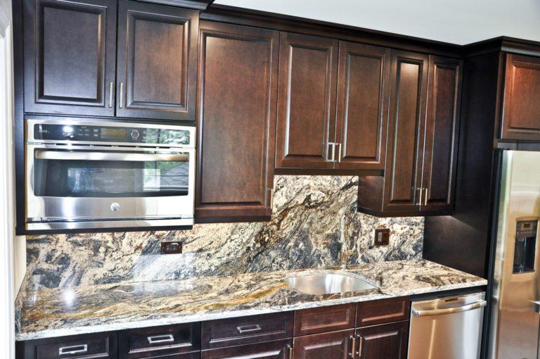 kitchen-countertop-in-northfield-il-granite-selection-img_d6810c8b05ba701b_14-6094-1-1eada8f-min