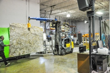 granite-seletion-chicago-countertop-installation