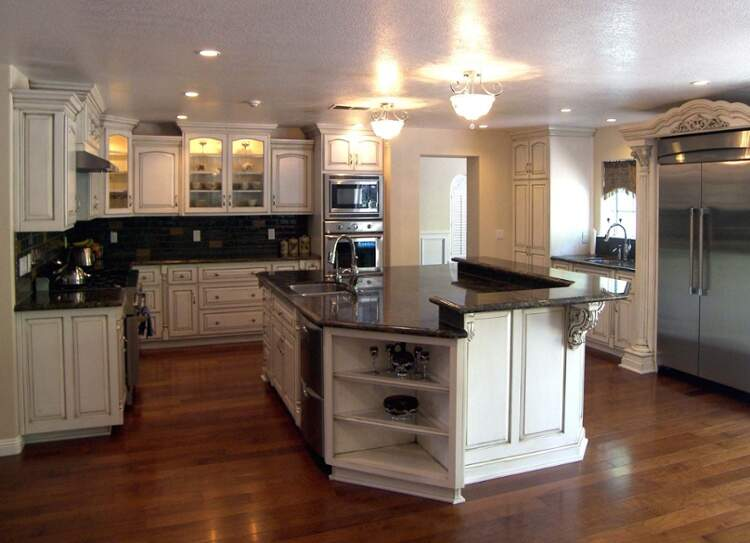 two-level-kitchen-countertop-granite-selection
