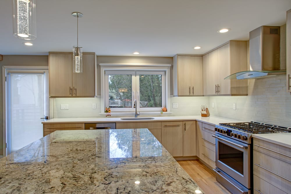 What are the quartz countertops pros and cons?