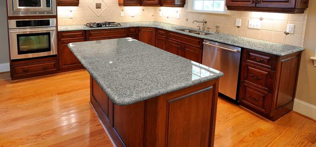 What Color Quartz Countertops Go With Dark Cherry Cabinets
