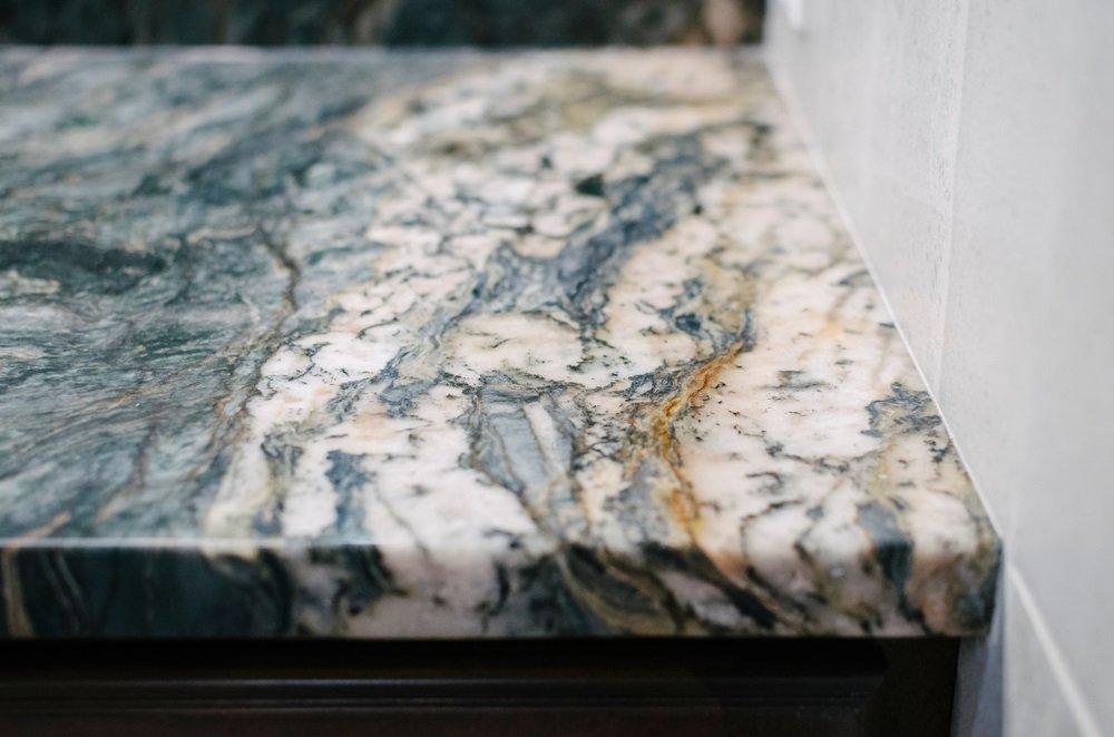 Choosing the quality of granite